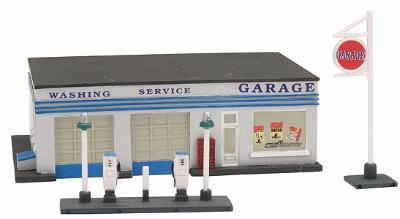 GAS STATION N SCALE